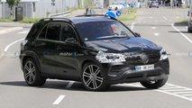 Mercedes GLE: Facelift zeigt sich auf Erlkönigbildern
