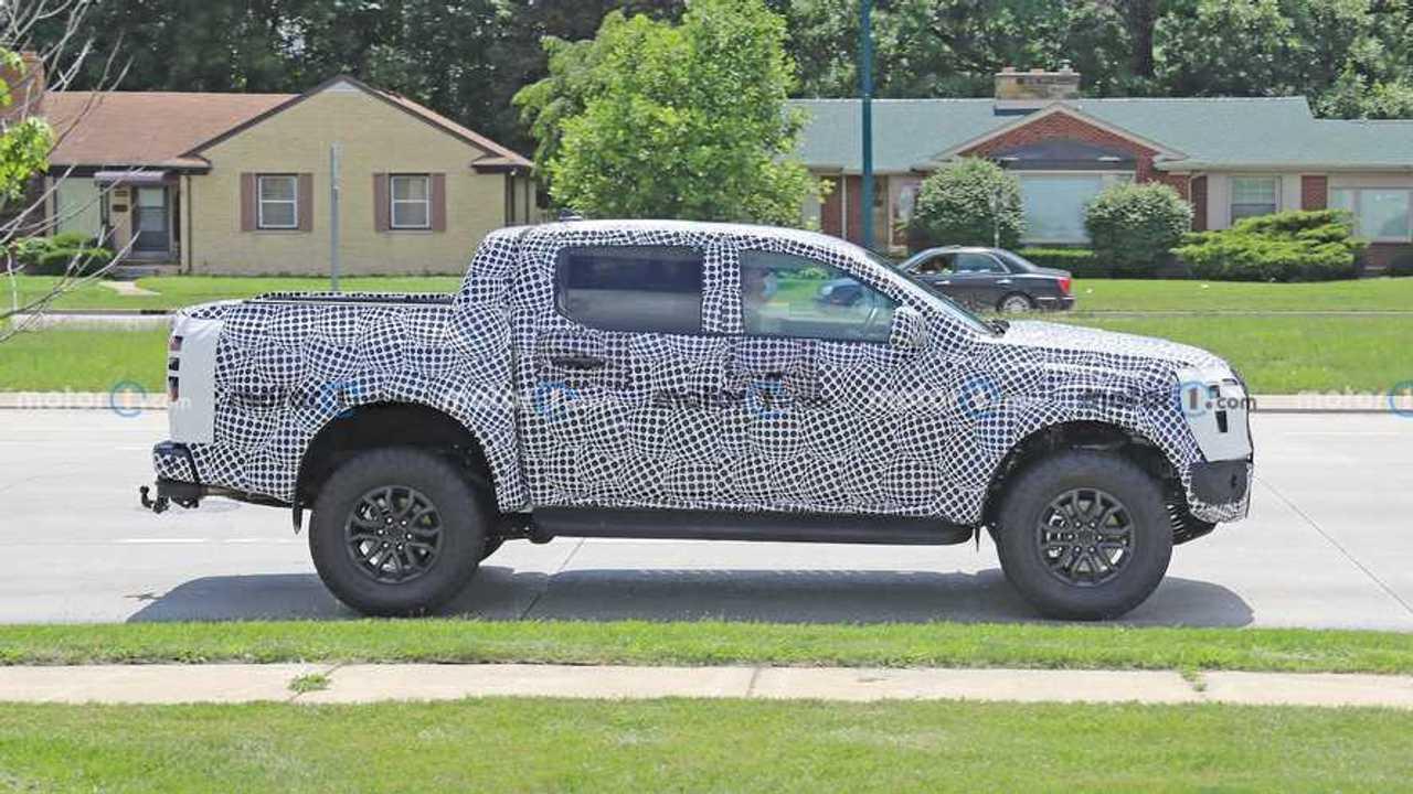 Nova Ford Ranger Raptor em testes