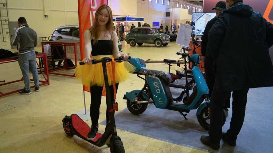 В Москве открылась выставка электротранспорта. Вот что там есть