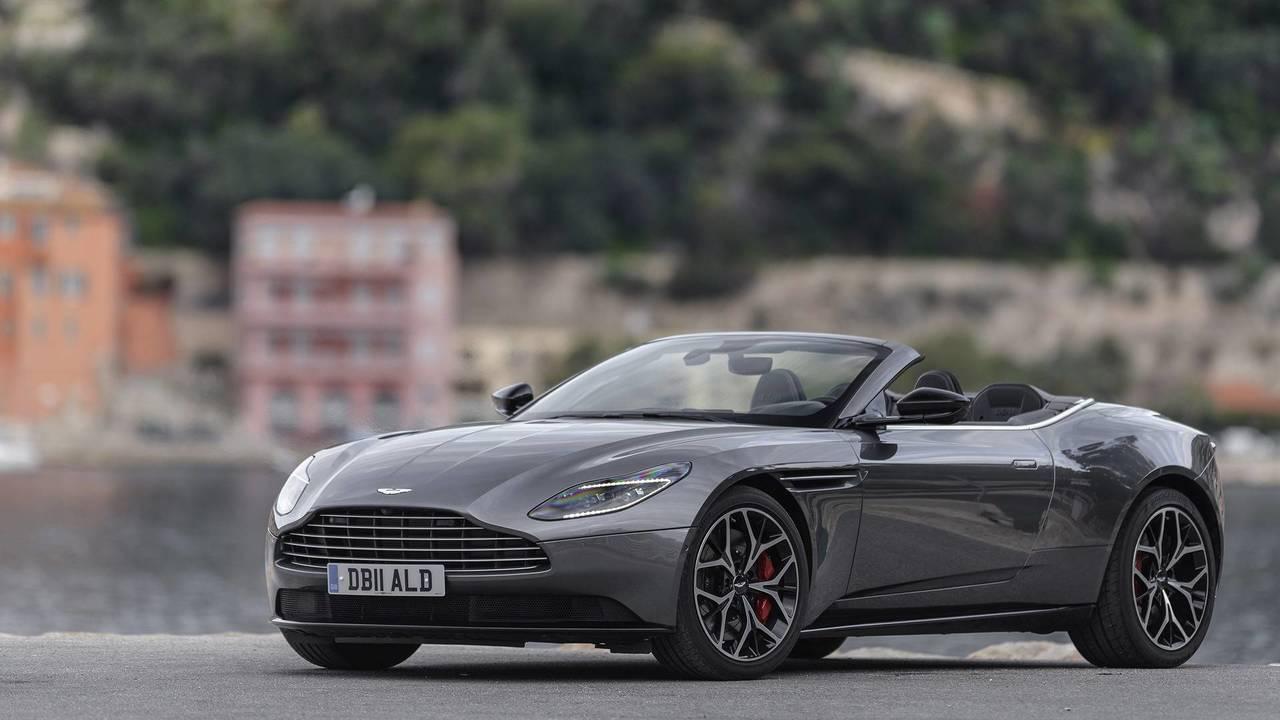2019 Aston Martin Db11 Volante First Drive Motor1 Com Photos