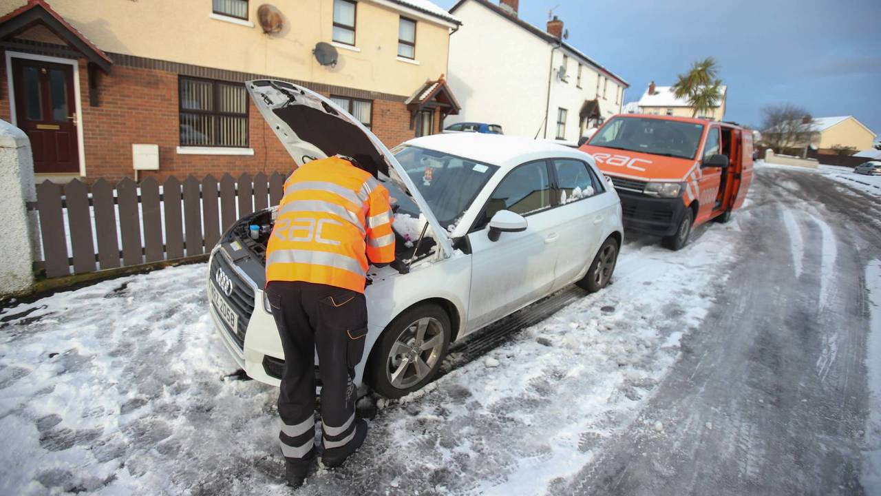RAC recovery van cold weather