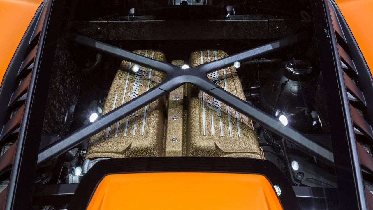 10 cilindros: motor 5.2 V10 (Lamborghini)