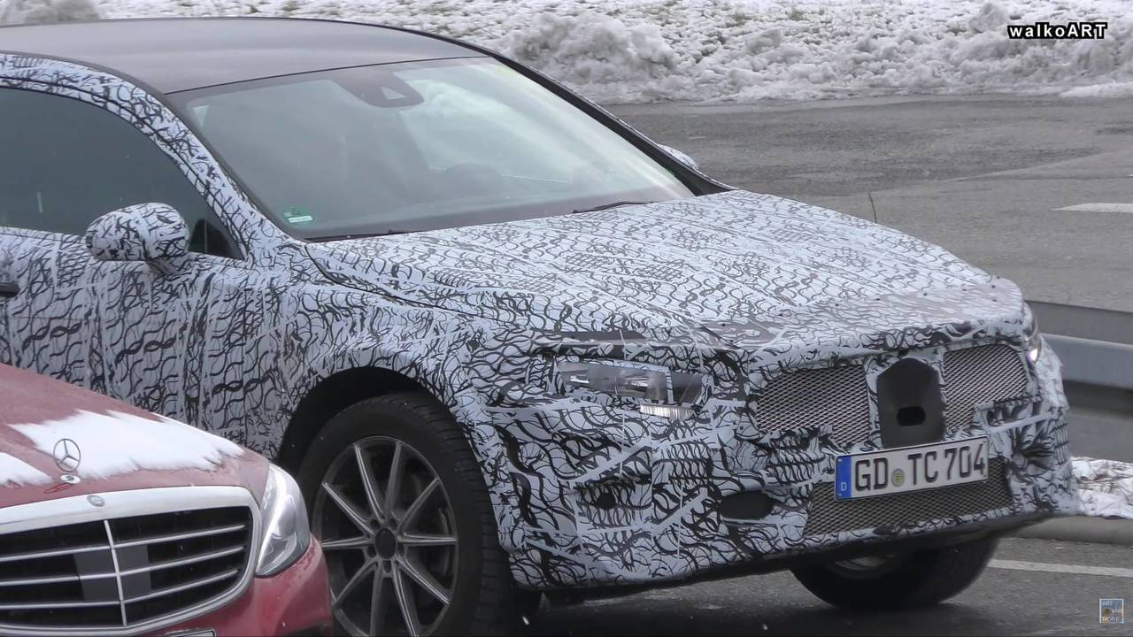 2020 Mercedes GLA screenshot from spy video