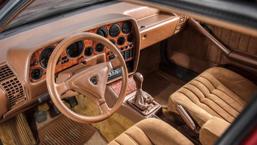 Rowan Atkinson subasta dos de sus coches clásicos