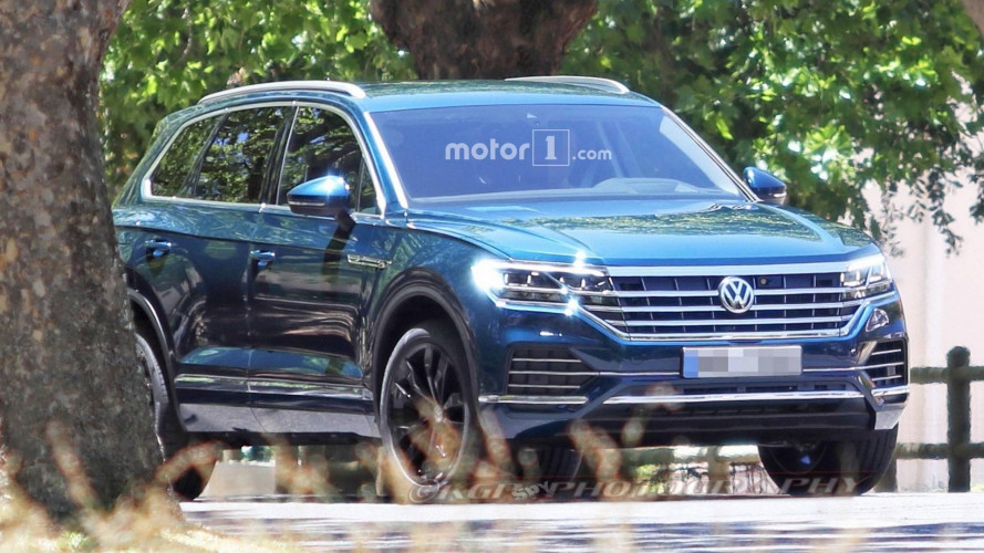 Nuova Volkswagen Touareg, le foto senza camuffature