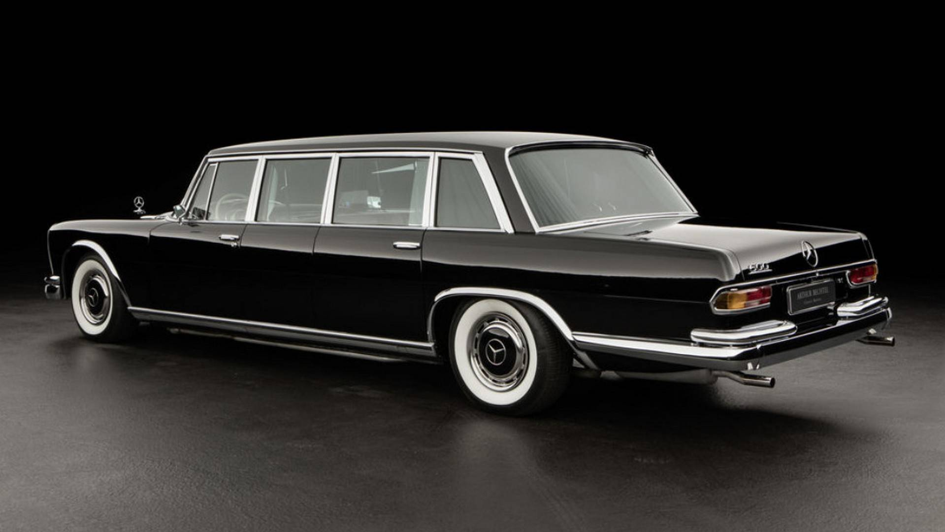 مرسدس بنز ۶۰۰ پولمن تولید سال 1964 میلادیbenz 600 pullman 1964