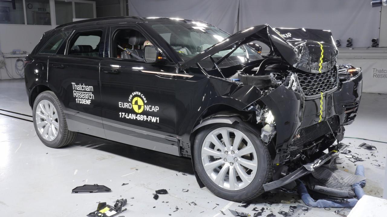 [Copertina] - Range Rover Velar, crash test a 5 stelle