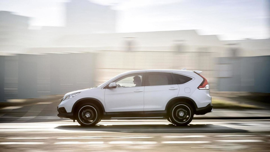 Honda CR-V Black & White Editions unveiled in the UK [videos]