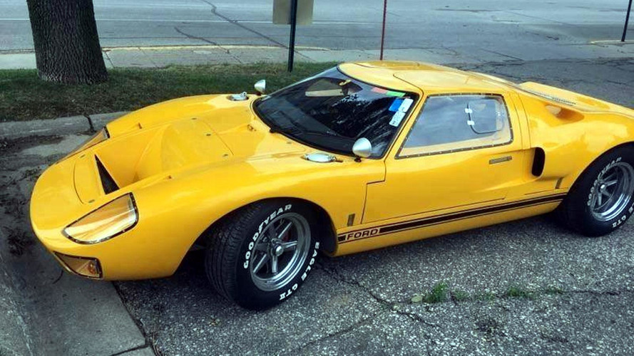 Dumb Ford GT40 Thief Spray Bombs Car, Gets Busted Cruising Town