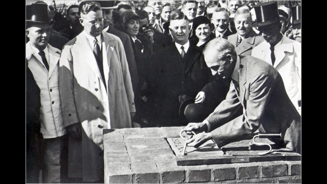 Kölner Grundsteinlegung durch Henry Ford I.