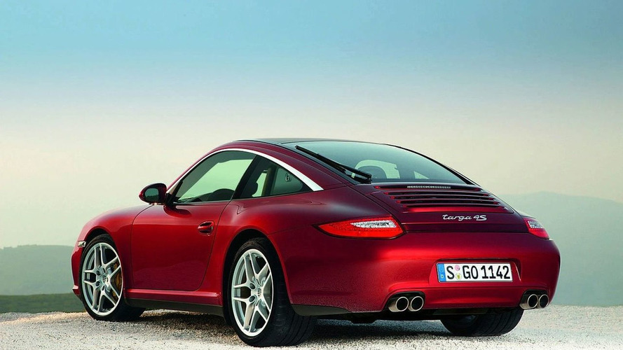 OFFICIAL: Porsche Introduces New 911 Targa