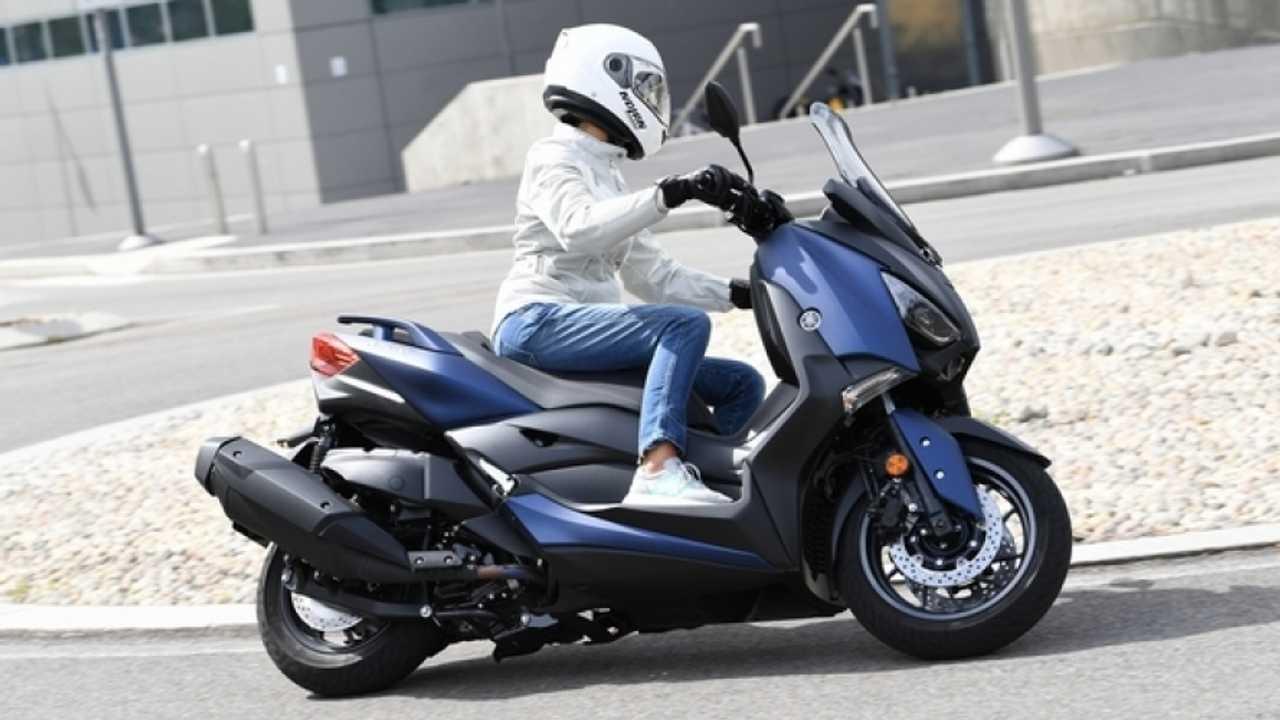 Yamaha X-MAX 400 ABS 2018 - TEST