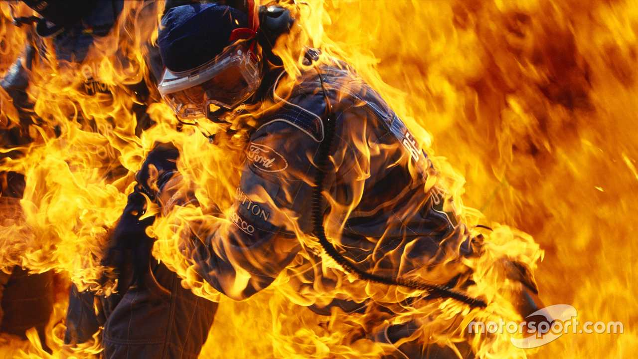 Fire during pit stop of Jos Verstappen German GP 1994