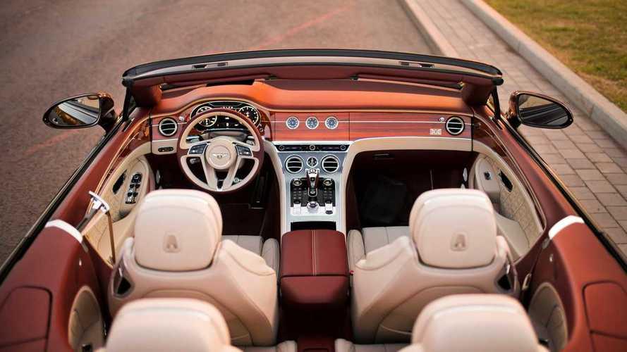 В России отзовут новые кабриолеты Bentley из-за опасной крыши
