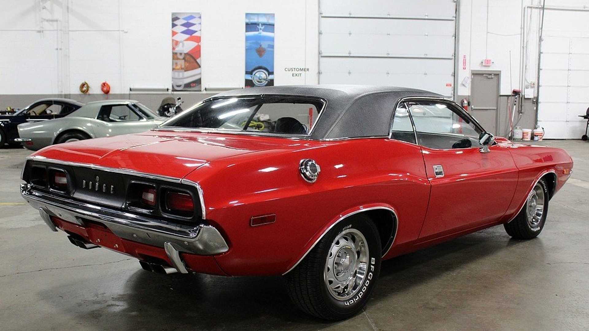 1972 Dodge Challenger >> Rally Red 1972 Dodge Challenger Shows Off Its Muscles