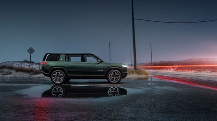 See Stunning New Rivian R1S Electric SUV Images