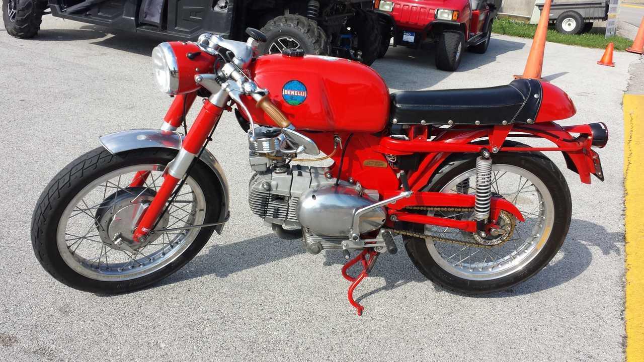 1966-ish Benelli 250 Sport?