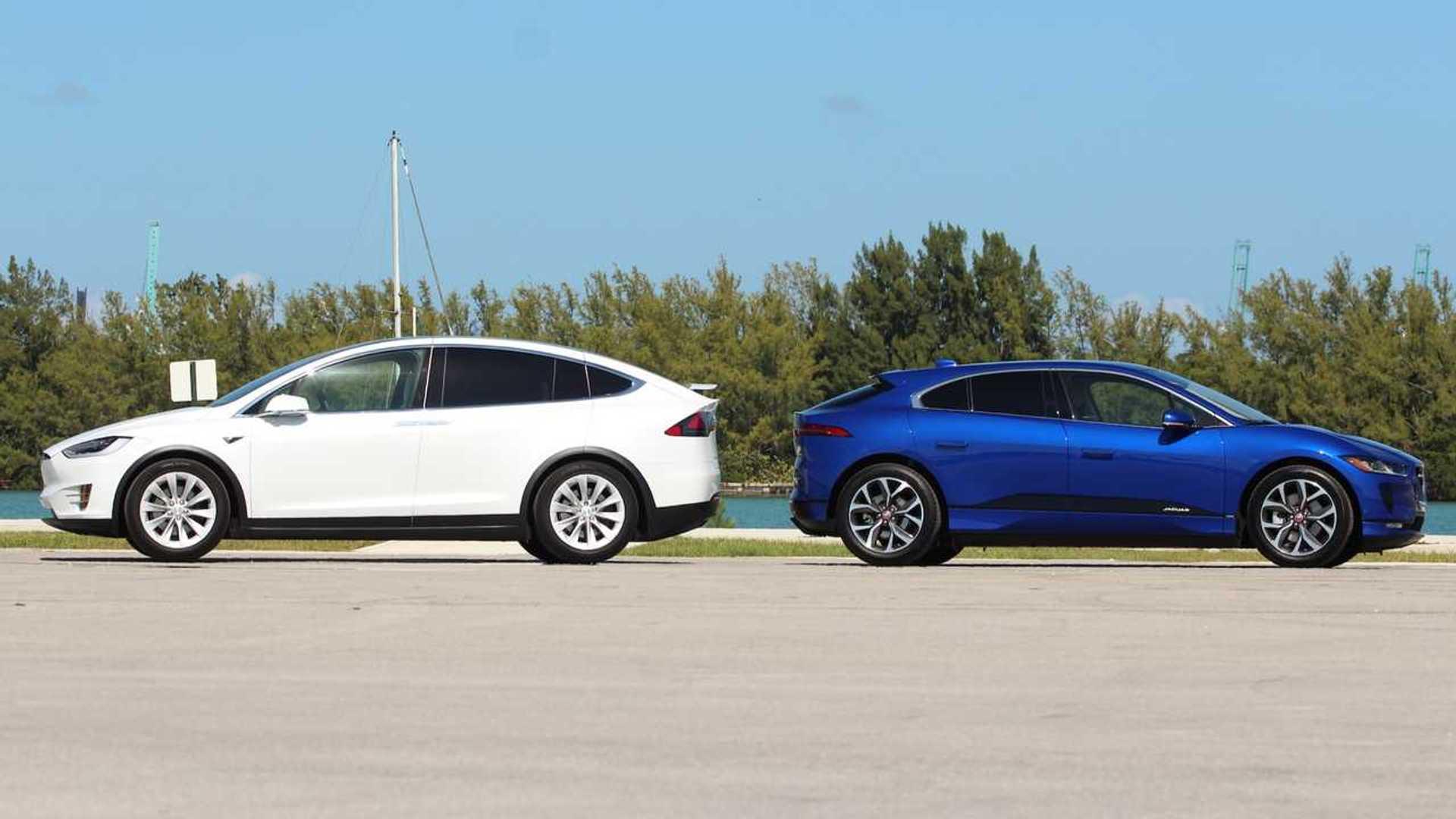 2019 Jaguar I-Pace Vs  2018 Tesla Model X Comparison: Cat Nipped