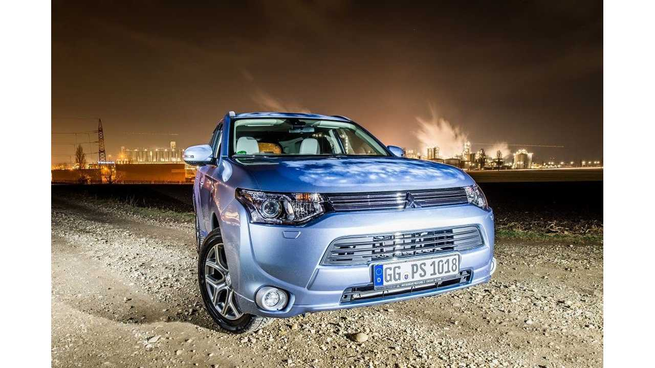 Mitsubishi Confirms March 2014 Launch of Outlander PHEV in UK