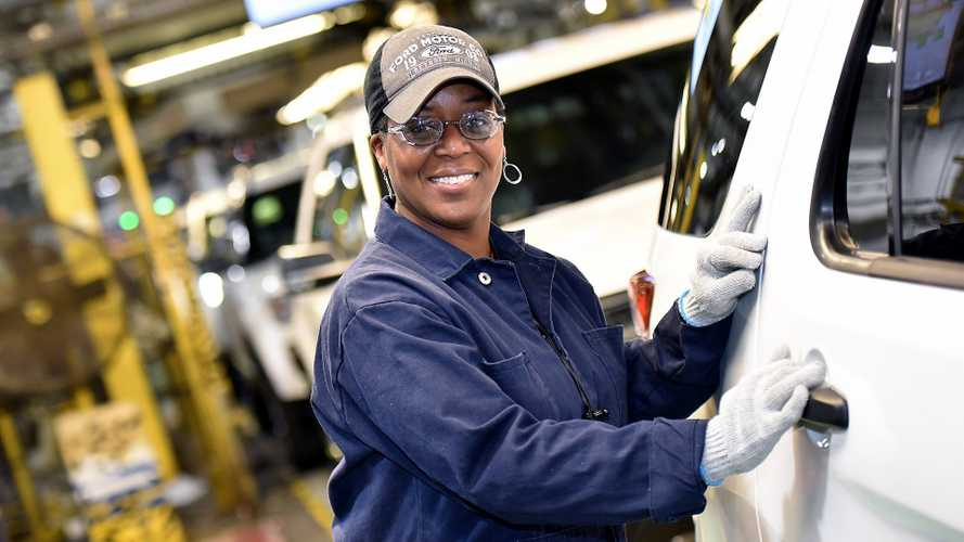 Ford Invests $1B In Chicago Plants, Adds 500 Jobs To Build SUVs