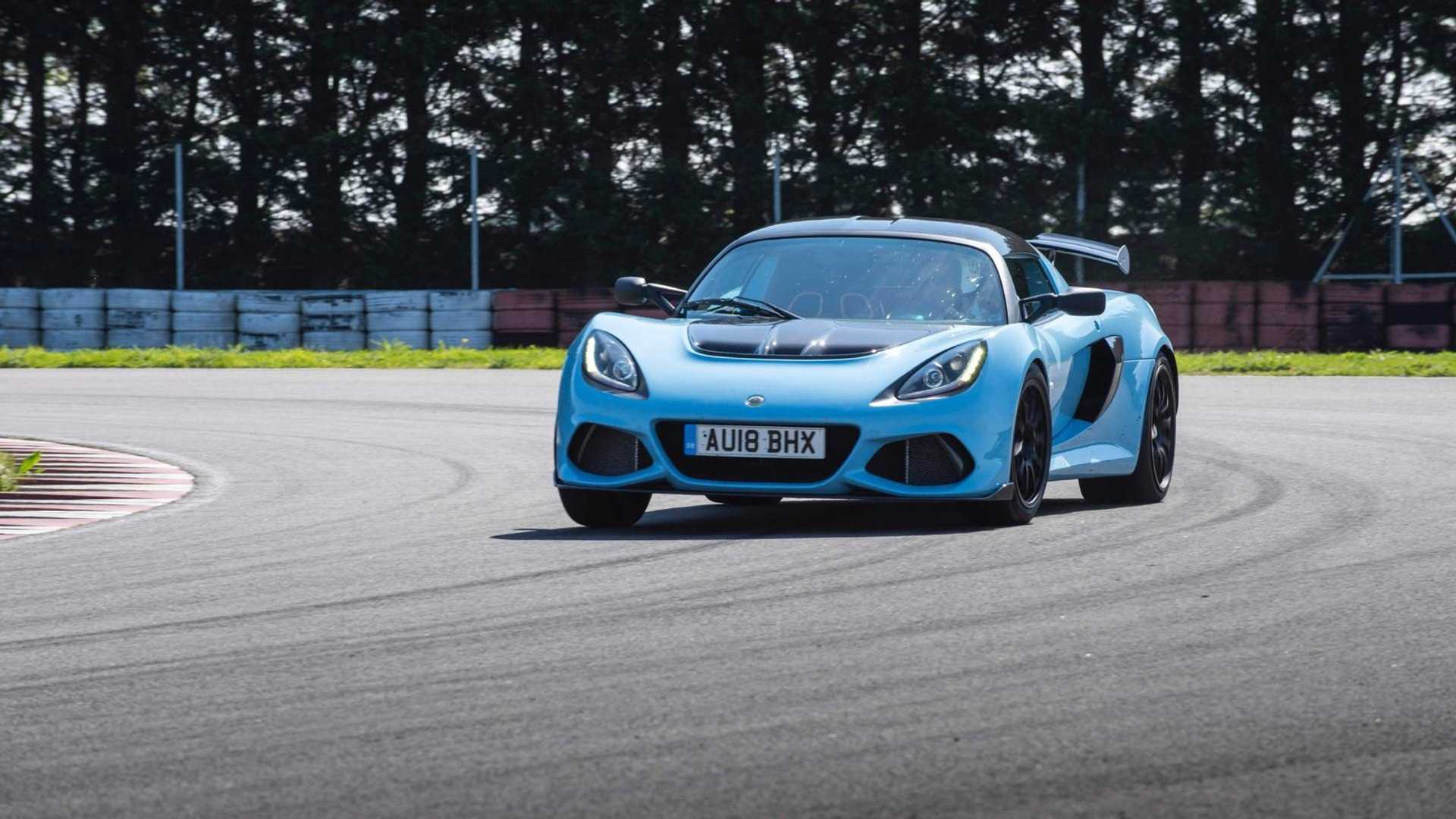 Lotus Elise 0 60 >> The Lotus Exige Sport 410 Proves That Less Is More Motorious