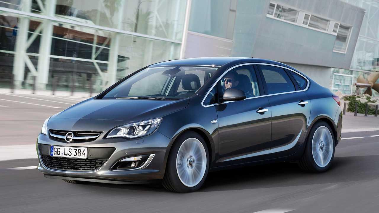 Opel GTC и Astra седан