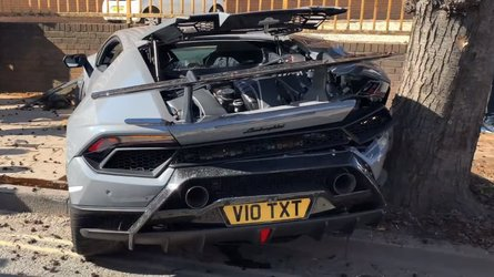 Huracan Performante Wrecked At Supercar Meet [UPDATE]