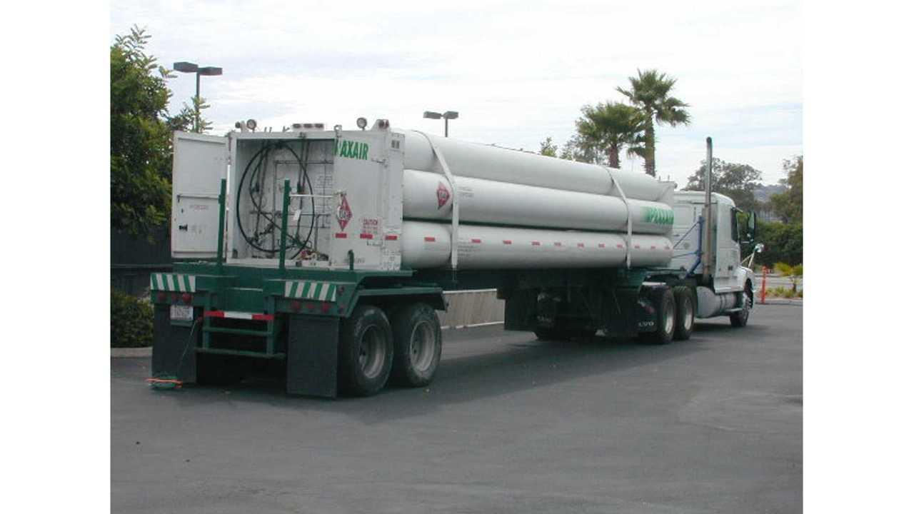 hydrogen tanker