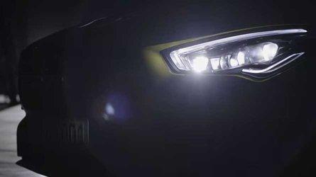 Novo Mercedes-AMG CLA 35 aparece em teaser e deve passar dos 300 cv