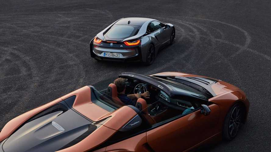 BMW i8 Roadster Debuts