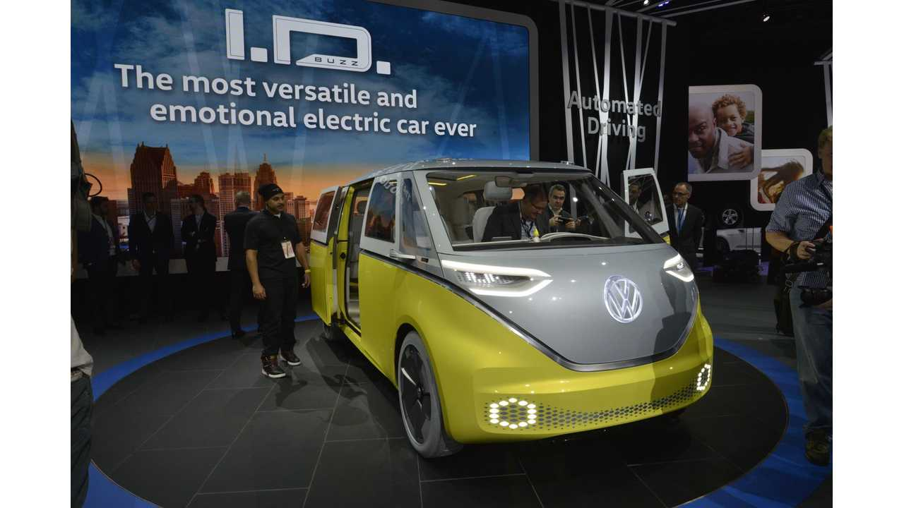 270-Mile, All-Electric Volkswagen I.D. BUZZ debuts in Detroit at the 2017 NAIAS