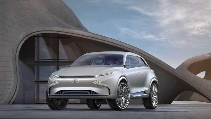 Hyundai Debuts 497-Mile Futuristic FE Fuel Cell Concept