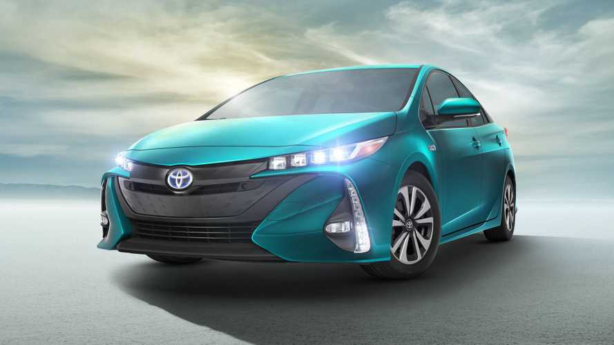 Toyota Targets 60,000 Annual Sales For Prius Prime Plug-In Hybrid