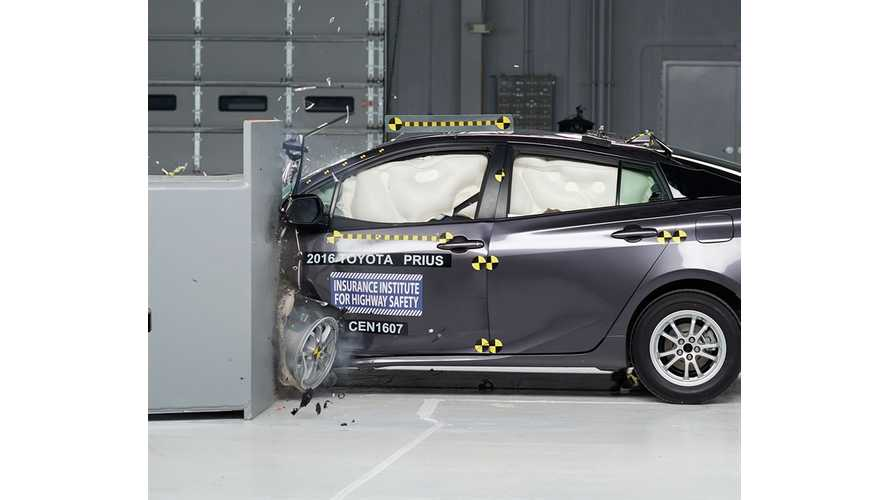 2016 Toyota Prius/Prius Prime Crash Test Videos