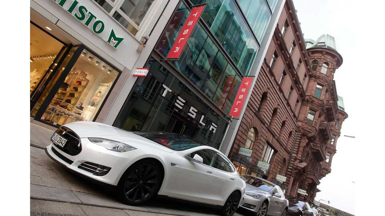 Tesla Store in Hamburg, Germany