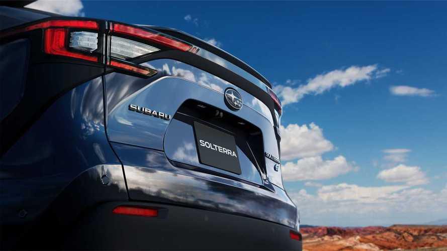 Nuovo teaser di Subaru Solterra, il SUV elettrico