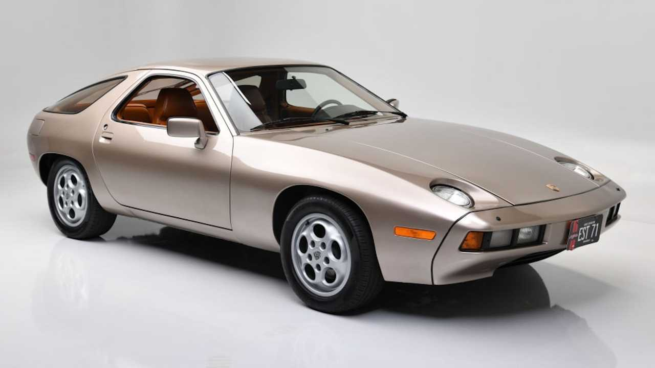 1979 Porsche 928 from Risky Business heads to auction.