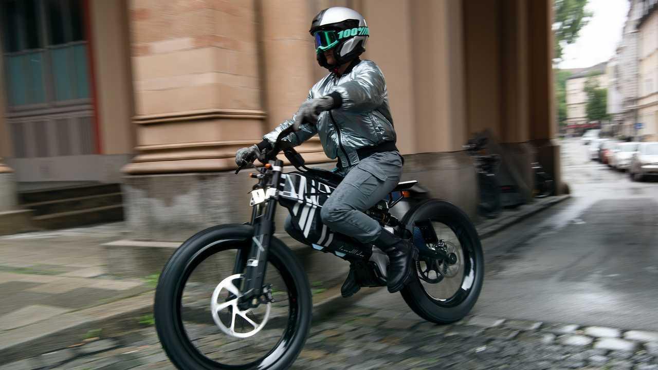 BMW Vision Amby: Eher Elektro-Motorrad als E-Bike