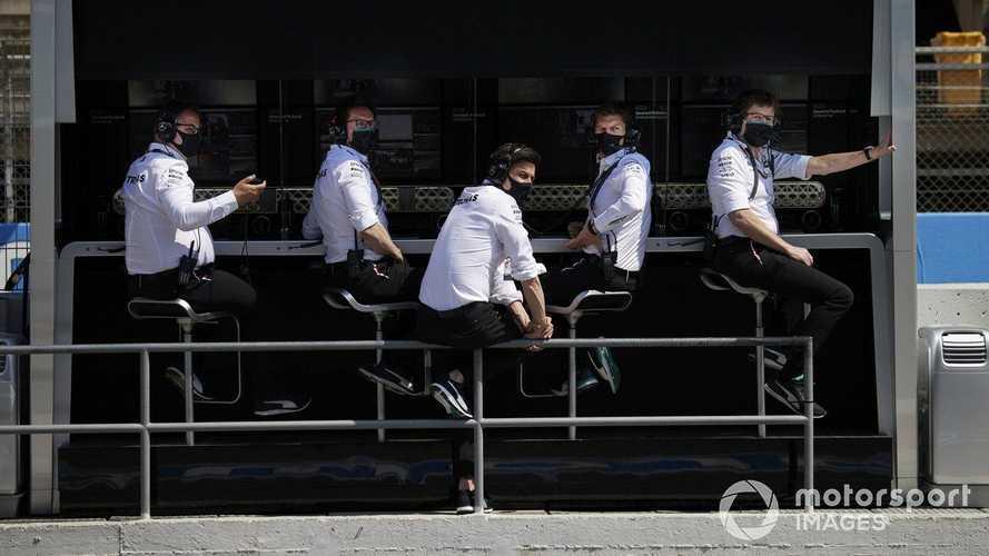 Mercedes has 'thick skin' to handle Hamilton F1 radio frustration