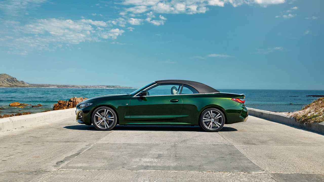 P90400427_highRes_the-all-new-bmw-4-se