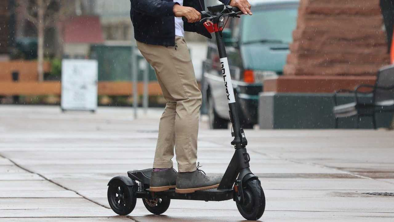 Gotrax G Pro, il monopattino elettrico a 3 ruote