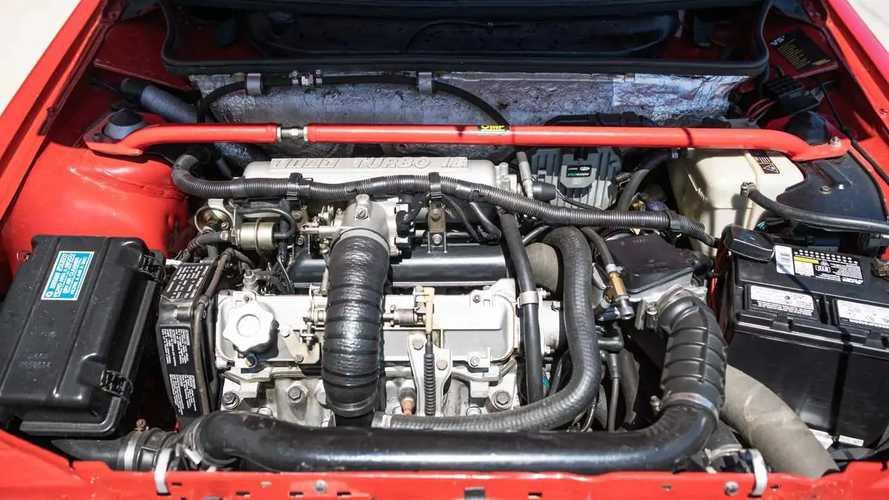 Fiat Uno Turbo i.e 1988 - leilão EUA