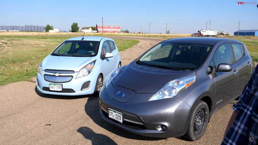 Chevrolet Spark Vs Nissan Leaf, Balap EV yang Lambat dan Tenang