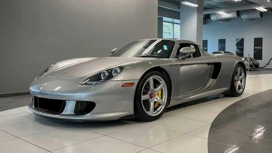 """All'asta una Porsche Carrera GT """"nuova"""": prezzo record in vista"""