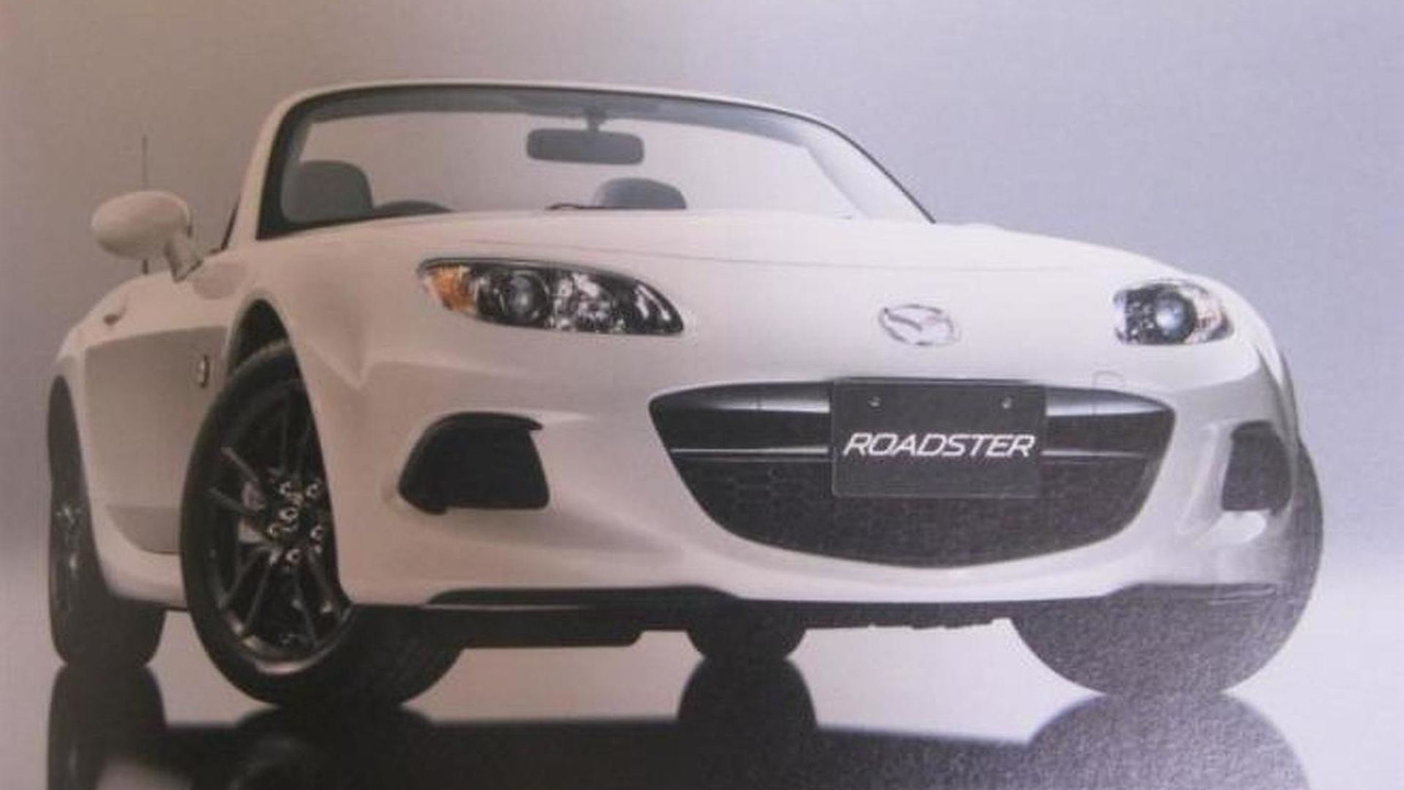 2013 Mazda MX-5 facelift leaked photo 02.7.2012