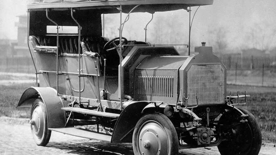 Mercedes celebrates 105 years of offering four-wheel drive