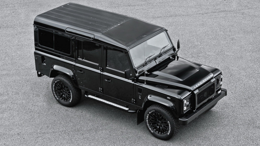 Land Rover Defender 2.2 TDCI XS 10 by Kahn Design
