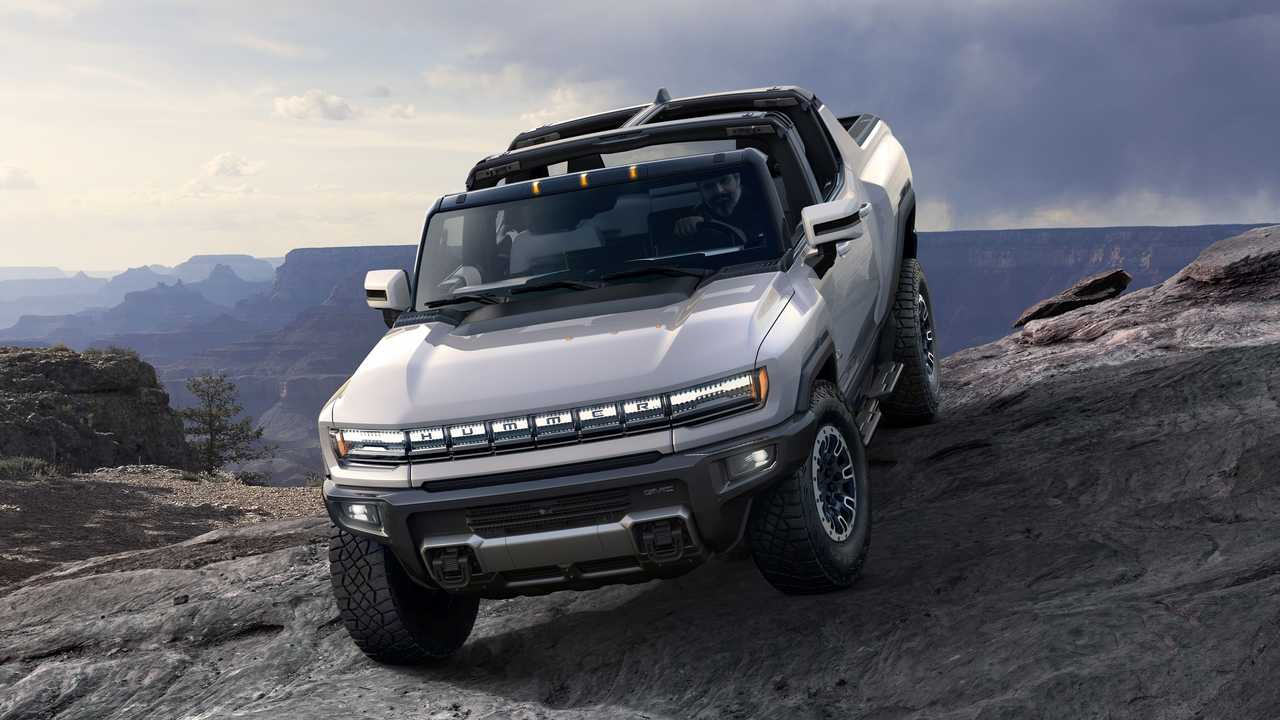 2022 GMC Hummer EV Anteriore
