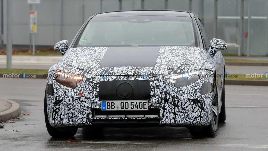Mercedes-Benz EQS yeni casus fotoğrafları
