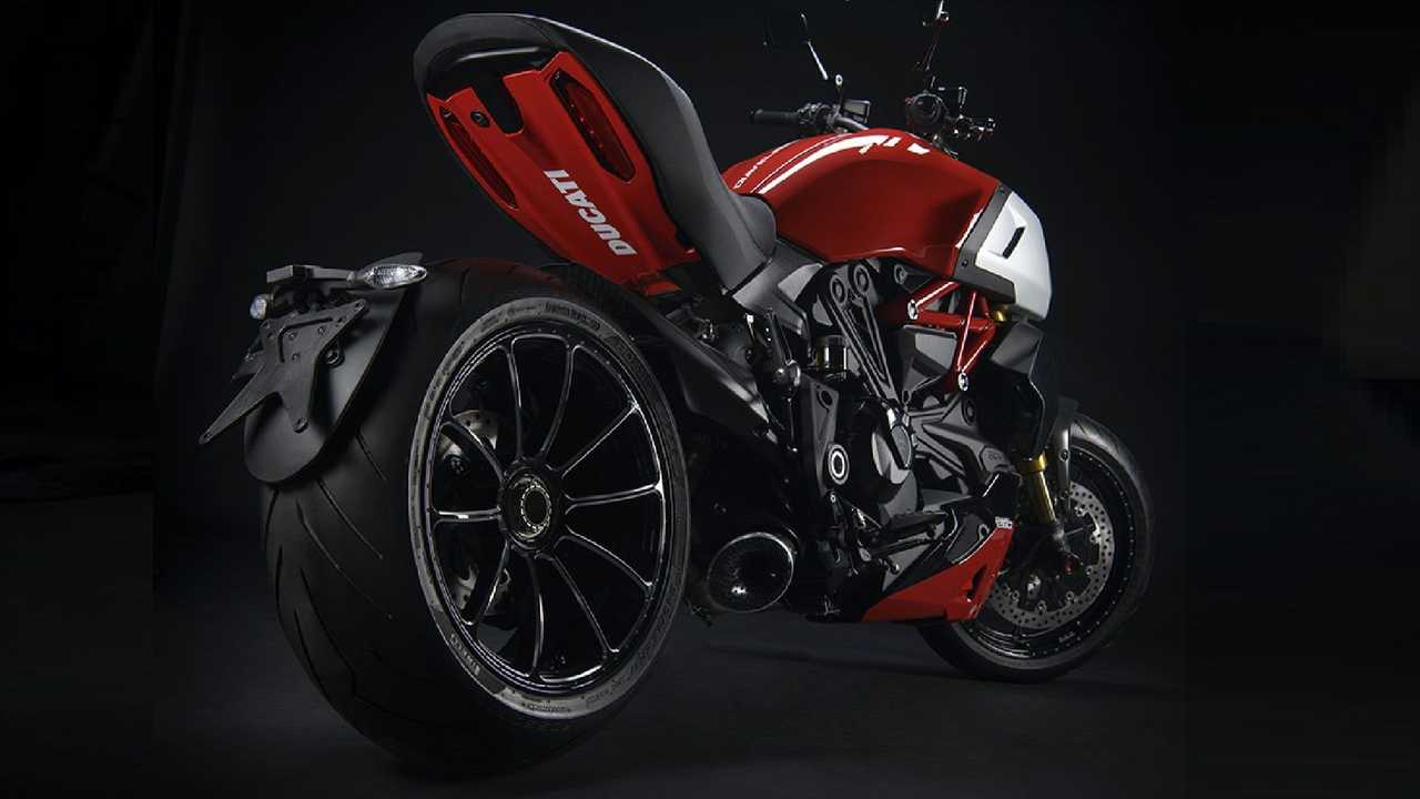 Ducati Diavel 1260 accessori Ducati Performance